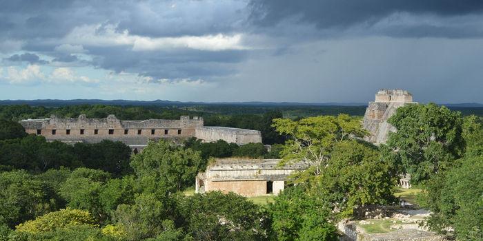 pyramid-uxmal-mexico